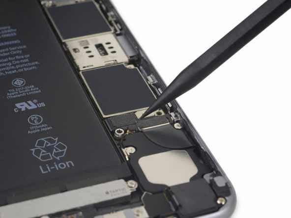 باز کردن کانکتور باتری iphone 6s plus